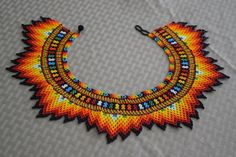 Total Length: 19 in cm). - Little Colibri Bead Jewellery, Seed Bead Jewelry, Beaded Jewelry, Loom Beading, Beading Patterns, Seed Bead Necklace, Beaded Necklace, Native Beadwork, Beaded Collar