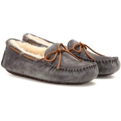 UGG Australia Dakota Shearling-Lined Moccasins (3.575 CZK) ❤ liked on Polyvore featuring shoes, loafers, grey, moccasin shoes, mocasin shoes, ugg footwear, moccasin style shoes and gray shoes