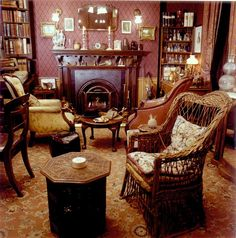 10 little known facts about Sherlock Holmes. Just how much do we really know about Sir Arthur Conan Doyle, his original incarnation of the hero and the Sherlock industry? Victorian Interiors, Victorian Decor, Victorian Homes, Victorian Era, Sherlock Holmes, Street Image, 221b Baker Street, English Style, Interiores Design