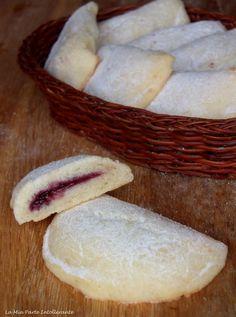 biscotti morbidi con ricotta Italian Pastries, Italian Desserts, Mini Desserts, Italian Recipes, Delicious Desserts, Biscotti Biscuits, Biscotti Cookies, Bakery Recipes, Cookie Recipes