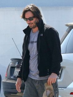 Keanu Reeves Photos: Keanu Reeves Heads to the Gym in Hollywood