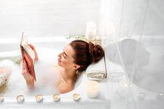 Você já dedicou um dia para cuidar do seu corpo? Saiba como criar um dia de spa em casa em 6 passos.