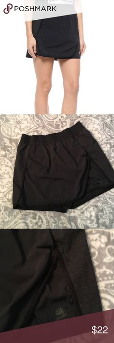 """New Listing! Nike Tennis Skort The NikeCourt Women's Skort combines a skirt and shorts made with a mesh lining and wide elastic waist for incredible breathability and premium comfort. Side pockets for storage. Product Details: Fabric: Face of body/panels/pocket bag (palm side): 100% cotton.. Overlay: 91% polyester/9% spandex. size Small: 14"""" length, 27"""" waist. Excellent used condition. Nike Shorts Skorts"""