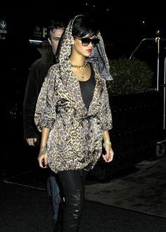 Rihanna in leopard.