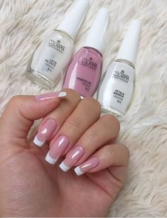Discover new and inspirational nail art for your short nail designs. Learn with step by step instructions and recreate these designs in your very own home. Nude Nails, Nail Manicure, Pink Nails, My Nails, Nail Polish, Hair And Nails, Nail Paint Shades, Mexican Nails, Best Acrylic Nails