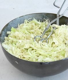 Coconut Flakes, Food Inspiration, Macaroni And Cheese, Side Dishes, Cabbage, Grilling, Salads, Pizza, Food Porn