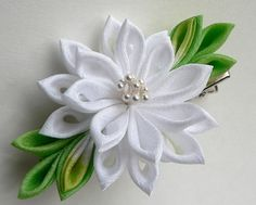White Lily Tsumami Kanzashi Fabric Flower Hair by MizuSGarden