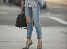How to wear fall fashion outfits with casual style trends Mode Outfits, Fall Outfits, Casual Outfits, Fashion Outfits, Fashion Tape, Casual Jeans, Outfit Jeans, Sweater Outfits, Jeans Outfit For Work