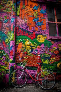 Graffiti Alley by Deri Lingstar on 500px