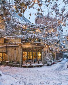 4 631 j'aime, 119 commentaires – Voyage Winter Szenen, Winter Magic, Winter Photography, Travel Photography, Snow Scenes, Christmas Scenes, White Christmas, Winter Pictures, Winter Landscape