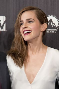 awesome Emma Watson Hairstyles