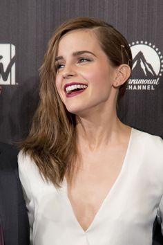 awesome Emma Watson Hairstyles