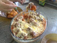 Receita de Almôndegas gratinadas com purê de batatas - Tudogostoso