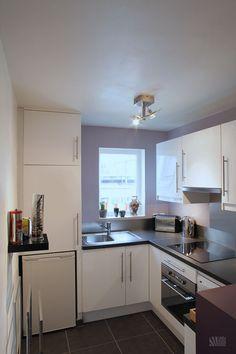 tiny kitchen | via julie nabucet european kitchen design ikea kitchen design modern