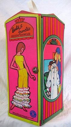 Vintage 1965 Barbie & Francie Doll Case; this is before my time but I would have loved it! #BarbieEnvy