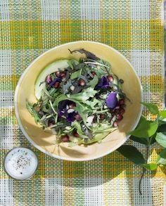 Salade bowl avocat grenade pour 4 personnes - Recettes Elle à Table