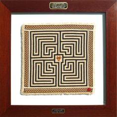 """Minotauro® - Prémio """"ex-aequo"""" Feira Artesanato Famalicão 2006; Dimensões: 40 X 40 cm."""