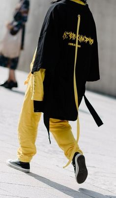 The best street style from Seoul Fashion Week. #StreetFashionStyle