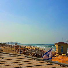 Among the best city beaches in the world! hosts a beautiful waterfront with many activities. Here you can take in or walk along the pathway which runs from the Old Port all the way to Jaffa. City Beaches, Tel Aviv Israel, Visit Israel, Old Port, Beaches In The World, Best Cities, Pathways, Volleyball, Surfing