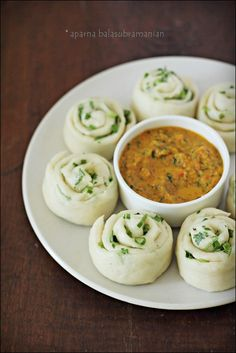 My Diverse Kitchen - Food & Photography From A Vegetarian Kitchen In India : We Knead To Bake #29 : Tingmos/ Ting Momos (Tibetan Steamed Buns) With Tomato Based Sepen ((Tibetan Hot Sauce/ Chutney)