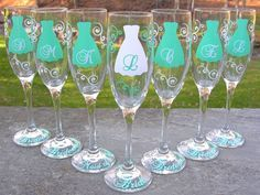 Bridesmaid champagne glasses, 7 Personalized dress flutes for bridesmaids. Tiffany blue and white, mint or you pick color. via Etsy. Perfect Wedding, Diy Wedding, Wedding Gifts, Dream Wedding, Wedding Day, Wedding 2017, Wedding Poses, Trendy Wedding, Wedding Stuff