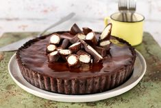 Túró roppanós csokival bevonva - na, mi az? Naan, Diy Food, Cake Cookies, Nutella, Quiche, Food To Make, Panna Cotta, Cheesecake, Deserts