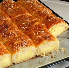 Jako jednostavna, mirisljava i fina! Sastojci 500 gr is part of Dessert recipes - Bakery Recipes, Dessert Recipes, Cooking Recipes, Desserts, Croation Recipes, Croatian Cuisine, Bosnian Recipes, Albanian Recipes, Bread Dough Recipe