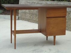 San Diego: Mid Century Danish Modern stylish DESK with peg legs  - http://furnishlyst.com/listings/370388