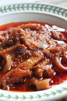 Azie Kitchen: Sambal Tumis Sotong Kering Sebagai Lauk Nasi Lemak