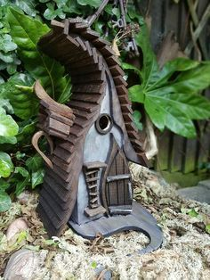 Windswept bird house by LittleLodgings on Etsy