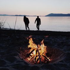 .lets have a bonfire on one of the lake's beaches!! @patrick larker