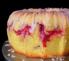 Vikend kuvarica: Kuglof od pomorandže s malinama Raspberry Recipes, Fruit Recipes, Sweet Recipes, Baking Recipes, Cake Recipes, Dessert Recipes, Kolaci I Torte, Torte Cake, Sweet Cookies