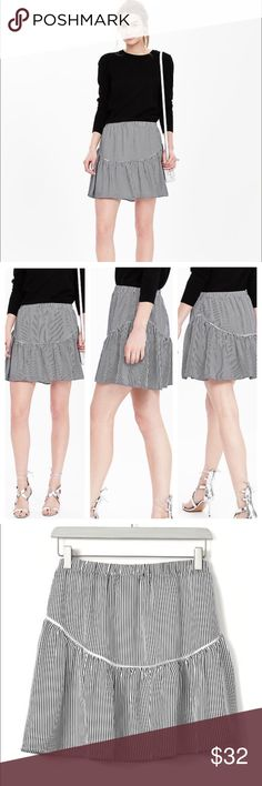 NWT Banana Republic Skirt Banana Republic embroidered trim mini in navy and white. Fully lined, elastic waist, 16 1/2 inches in length.  Laying flat and unstretched the waist is 17 inches. ⭐️5 Star Seller  Fast Shipper ➡️Read my reviews! Banana Republic Skirts Mini
