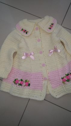 Crochet Baby Sweater Pattern, Crochet Baby Pants, Crochet Baby Sweaters, Baby Sweater Patterns, Baby Girl Sweaters, Baby Girl Crochet, Booties Crochet, Baby Patterns, Baby Knitting