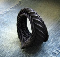 Pleated fabric ring inspired by geometry in nature - fabric manipulation for jewellery design; creative textiles techniques // Tinctory