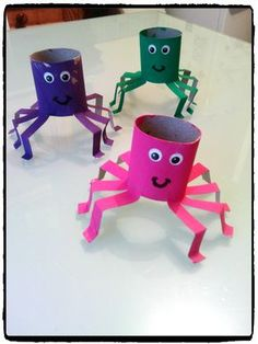 Tutorial Toilet Paper Roll Crafts For Kids and Adu. Tutorial Toilet Paper Roll Crafts For Kids and Adult Kids Crafts, Halloween Crafts For Kids, Toddler Crafts, Preschool Crafts, Projects For Kids, Diy For Kids, Arts And Crafts, Diy Halloween, Halloween Parties