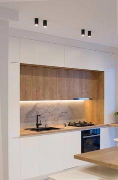 Minimal kitchen design – diy kitchen decor on a budget Minimal Kitchen Design, Kitchen Room Design, Kitchen Cabinet Design, Minimalist Kitchen, Home Decor Kitchen, Interior Design Kitchen, Home Kitchens, Modern Kitchen Cabinets, Minimalist Apartment