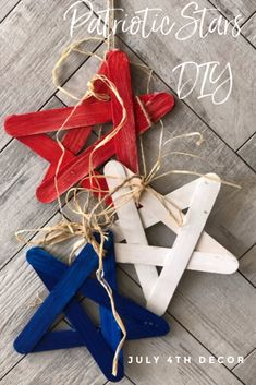 Red White & Blue Star Banner simple DIY project and of course budget friendly to decorate your house or backyard! Patriotic Crafts, Patriotic Decorations, July Crafts, Americana Crafts, Star Banner, Diy Banner, Paint Stir Sticks, Scrap Material, Boho Diy