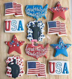Fancy Sugar Cookies, Rainbow Sugar Cookies, Star Cookies, Iced Cookies, Cute Cookies, Royal Icing Cookies, Cupcake Cookies, Cupcakes, 4th Of July Desserts