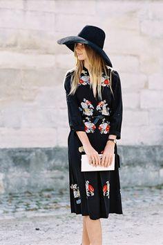moody florals + a wide brim hat