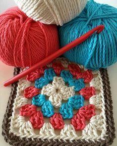 Transcendent Crochet a Solid Granny Square Ideas. Inconceivable Crochet a Solid Granny Square Ideas. Granny Square Crochet Pattern, Crochet Poncho, Crochet Squares, Love Crochet, Crochet Gifts, Crochet Motif, Diy Crochet, Crochet Baby, Granny Squares