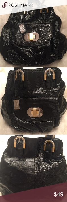 EUC BADGLEY MISCHKA Patent Hobo Bag Aside from a small water mark at the bottom (shown in pic), this bag is great condition. Clean liner. Good straps. No scuffs. Measures 12x13 Badgley Mischka Bags Hobos