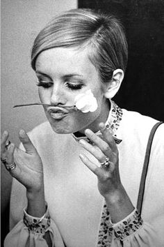 Twiggy keeping it real