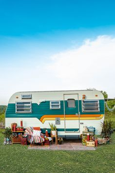 Thinking about RVing? Here's what you need to know to hit the road | Best advice from passionate Canadian RVers. Canadian travel, camper vans Travel Camper, Tourist Info, Buying An Rv, Road Trippers, Canadian Travel, Quebec City, Travel Abroad, Weekend Trips, What Is Like