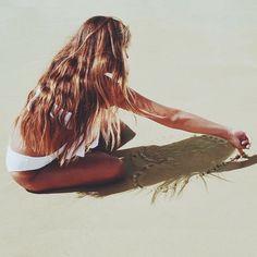 Картинки через We Heart It https://weheartit.com/entry/184728730/via/36038894 #beach #blondie #draw #drawing #Dream #girl #heart #inspiration #Island #love #natural #ocean #paradise #perfect #sand #sea #summer #tan #waves