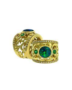 #blackopal #diamonds #emeralds Purple Jewelry, Opal Jewelry, Indian Jewelry, Fine Jewelry, Jewelry Making, Jewellery, Black Opal, Emeralds, Opals