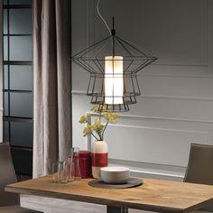 Led Pendelleuchte-Metall Rahmen-Design Esszimmer-massiv Holz-Tisch
