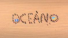 No dia 8 de junho de 2014, comemorou-se o Dia Mundial dos Oceanos. No ano em que se celebra os 25 anos da Bandeira Azul na praia Centro, concelho de Torres Vedras, desafiou-se a população a participar no desafio humano de construção de uma mensagem gigante na praia, sobre a Bandeira Azul e Preservação dos Oceanos.  Cliente: CM Torres Vedras Produção #Slingshot #ocean #nature #santacruz #praias #visitportugal #bandeirazul facebook.com/slingshot.pt