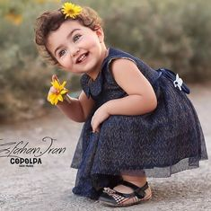 Image may contain: one or more people Girl Baby Pic, Cute Little Baby Girl, Very Cute Baby, Cute Baby Girl Pictures, Beautiful Baby Girl, Cute Girls, Cute Baby Girl Wallpaper, Cute Babies Photography, Wedding Photography