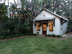 Check out this awesome listing on Airbnb: The Wren Guest House - Houses for Rent in Beaufort Tiny Guest House, Backyard Guest Houses, Garage Guest House, Backyard Office, Backyard Cottage, Backyard Studio, Tiny House Design, Guest House Cottage, Backyard House